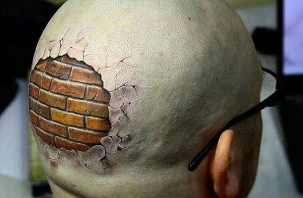 Очень реалистичные татуировки: они пугают и восхищают
