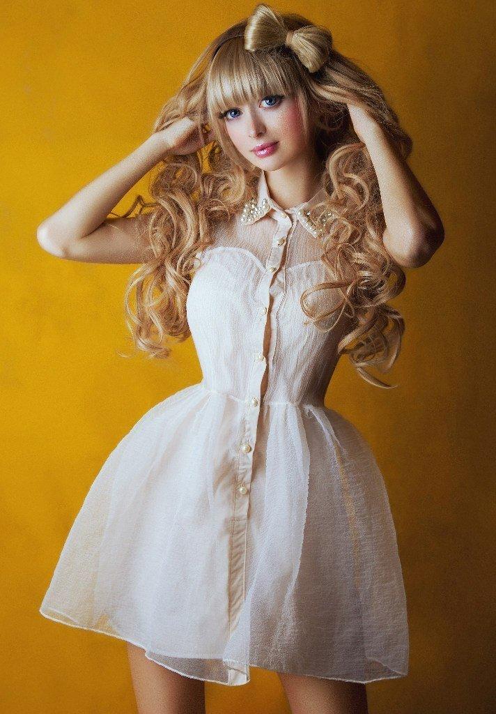 сильный образ куклы барби для фотосессии потолки