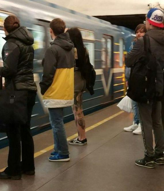 Странные пассажиры российского метро