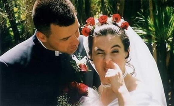 Wedding Photos That Will Never Be in Your Wedding Album