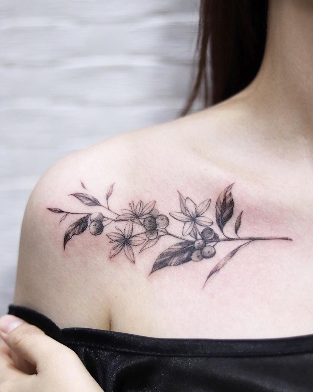 26 ярких и стильных татуировок на ключице