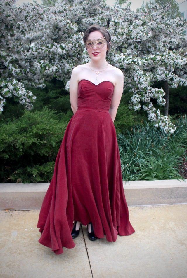 21 раз, когда кто-то перемудрил с платьем на выпускной