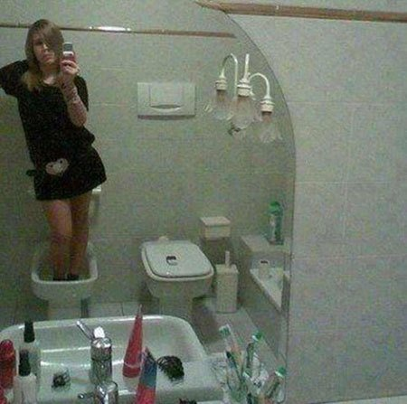 These 20+ Hilarious Selfie Fails Will Be Your Today's Dose Of Fun