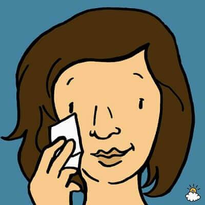 Зачем наносить дезодорант на бедра? И еще 9 хитростей, как оставаться красивой всё лето!