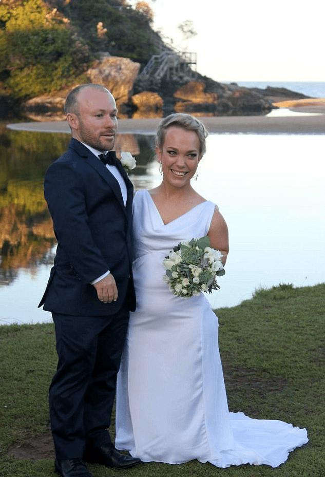После того, как эта пара опубликовала свои свадебные фото, их назвали интернет-сенсацией