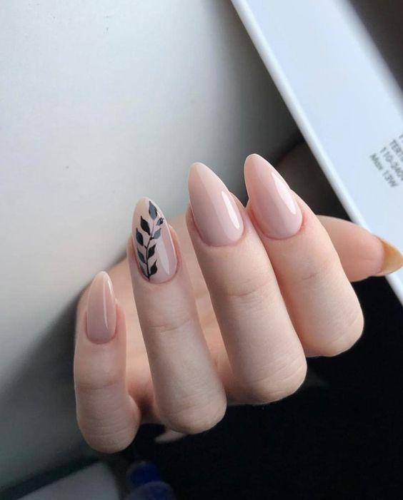 Дизайн ногтей на Новый год 2020