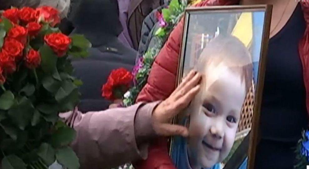 Экс-миллиционер изнасиловал и убил 2-летнего мальчика (Видео, 18+)