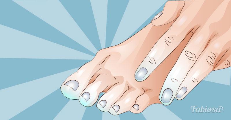 Постоянно мерзнут руки и ноги: в чем причина и что делать?