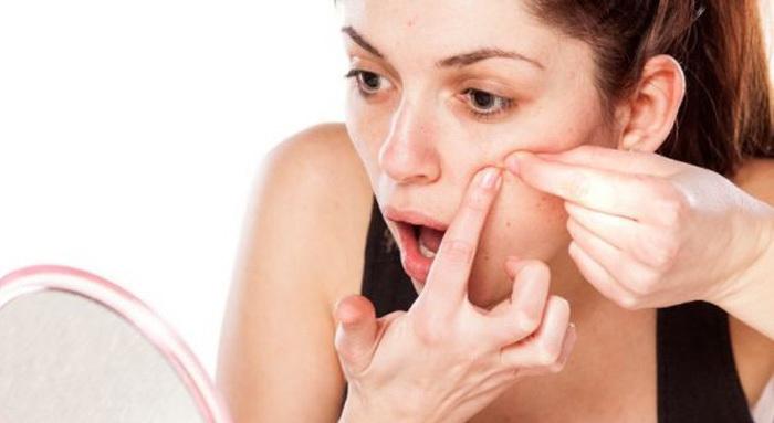14 трюков с дезодорантом, которые спасут ситуацию самым неожиданным образом