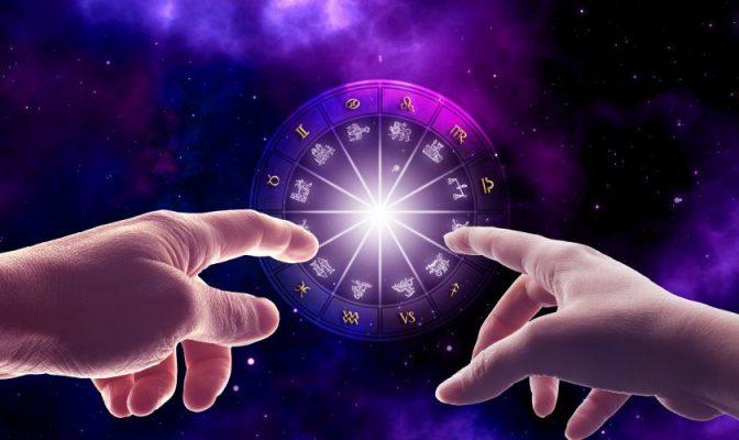 Астрологи назвали 4 знака Зодиака, которых ждет наказание в конце августа