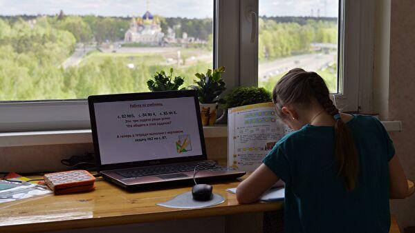 Попова допустила возвращение к дистанционному обучению
